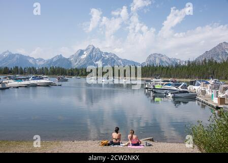Jackson Lake et Coulter Bay Marina, parc national de Grand Teton, Wyoming, États-Unis