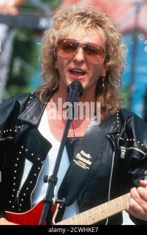 ZDF Fernsehgarten, Sonntags-Unterhaltungsshow, Sendung vom 3. Juli 1994, Gaststar: Groupe Smokie