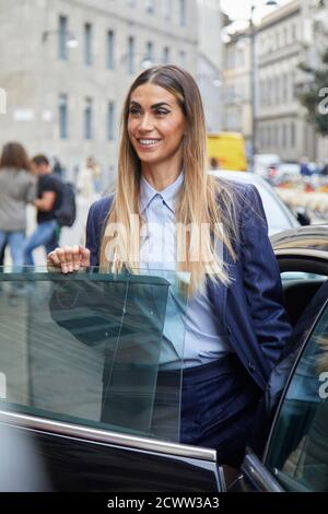 MILAN, ITALIE - 24 SEPTEMBRE 2020: Melissa Satta avant le spectacle de mode Max Mara, Milan Fashion week Street style Banque D'Images