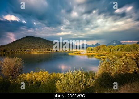 Mount Moran et le Oxbow Bend de la rivière Snake, parc national de Grand Teton, Wyoming, États-Unis