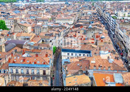 Vue aérienne de la vieille ville de Bordeaux