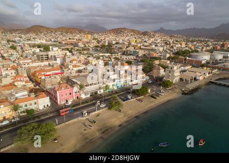 Mindelo est la capitale colorée et animée de l'île de Sao Vicente, Cabo Verde.