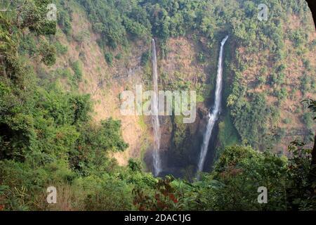tad fane chutes d'eau à bolfours au laos