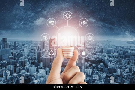 Économie d'énergie, énergie propre et énergie intelligente Banque D'Images