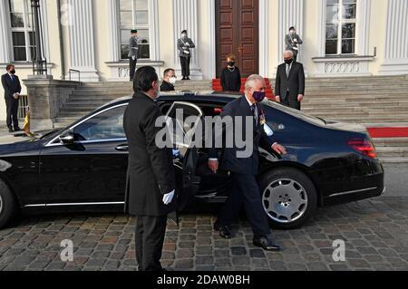 Berlin, Allemagne. 15 novembre 2020. Charles, Prince de Galles, à la réception du Président fédéral de l'Allemagne au Palais Bellevue le 15 novembre 2020 à Berlin, Allemagne crédit: Geisler-Fotopress GmbH/Alay Live News
