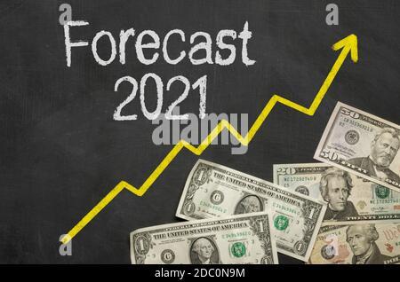 Texte sur tableau noir avec argent - prévisions 2021