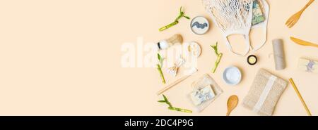 Zéro déchet salle de bain et accessoires de cuisine. Produit naturel écologique en bambou. Articles de beauté sans plastique.