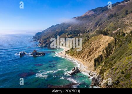 Région pittoresque à proximité des chutes McWay, sur la côte de Big sur, dans le centre de la Californie.