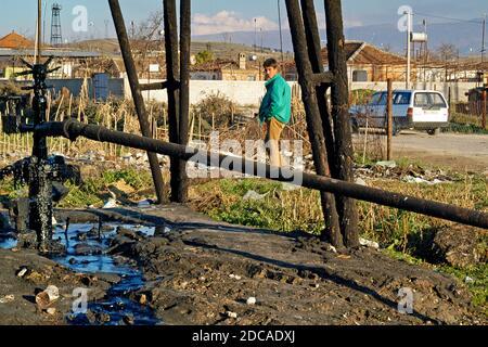 Champ pétrolifère près de Fier, dans le sud de l'Albanie