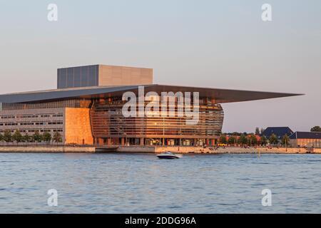 Géographie / voyage, Danemark, Copenhague, opéra national Danemark sur l'île Holmen à Copenhague, droits-supplémentaires-autorisations-Info-non-disponible