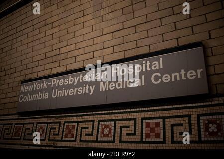 Hôpital presbytérien de New York - Columbia University Medical Center Subway Panneau Washington Heights NY