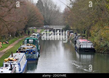GV du village de Kintbury, près de Hungerford, Berkshire - River Kennett, mercredi 2 décembre 2020.