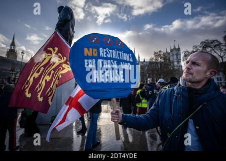Coronavirus : manifestation anti-Vaxxer à Parliament Square, Londres, Royaume-Uni.