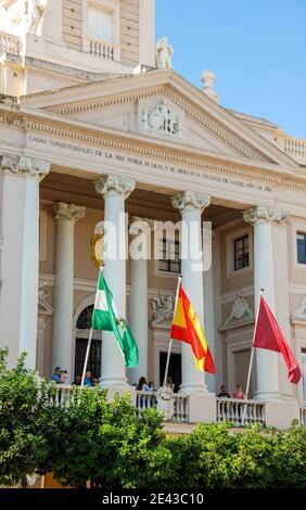 Cadix, Espagne - septembre 2011 : vue panoramique de la mairie de la ville de Cadix