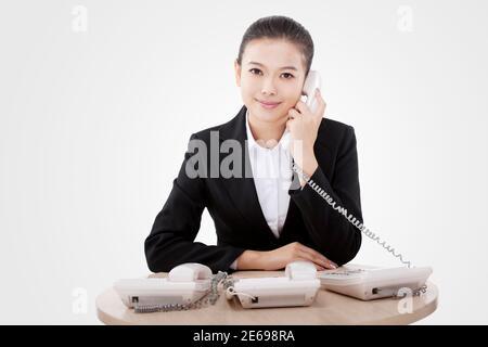 Femme d'affaires au téléphone photo de haute qualité