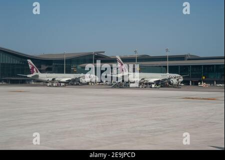 05.06.2019, Doha, Qatar, Asie - Qatar Airways avions passagers à l'aéroport international de Hamad. Qatar Airways est membre de l'alliance one World.