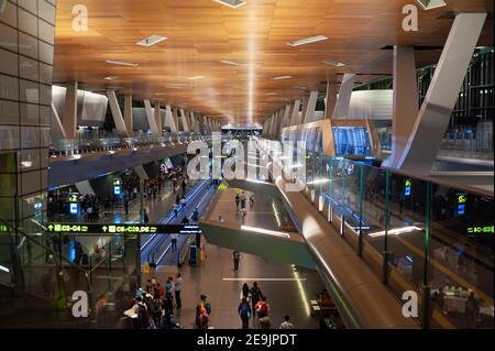 27.06.2019, Doha, Qatar, Asie - vue intérieure du nouvel aéroport international de Hamad avec navette.
