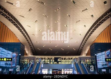 27.06.2019, Doha, , Qatar - Asie - vue intérieure du hall des départs du nouvel aéroport international de Hamad. 0SL190627D011CAROEX.JPG [VERSION DU MODÈLE