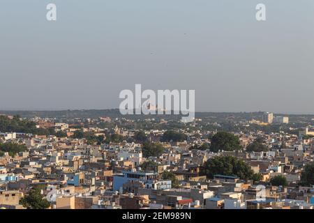 Vue de la vieille ville de Jodhpur, également connue sous le nom de Blue City depuis le sommet, Mehrangarh ou Mehran fort Jodhpur, Rajasthan, Inde