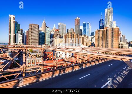 New York, Brooklyn Bridge - Centre-ville de Manhattan, New York, paysage architectural de la ville aux États-Unis d'Amérique.
