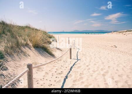 Plage de Formentera, plage ensoleillée
