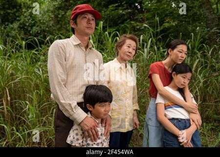 MINARI (2020) STEVEN YEUN ALAN S KIM YOUN YUH-JUNG HAN YERI NOEL CHO LEE ISAAC CHUNG (DIR) A24/MOVIESTORE COLLECTION LTD