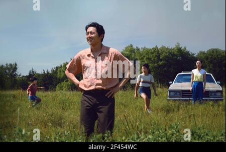 MINARI (2020) STEVEN YEUN LEE ISAAC CHUNG (DIR) COLLECTION A24/MOVIESTORE LTD