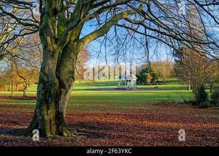 Royaume-Uni, Yorkshire du Sud, Barnsley, kiosque à musique Locke Park