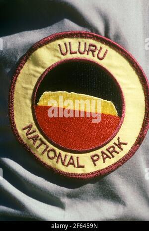 Écusson du gardien de parc. Parc national d'Uluru, (Ayer's Rock) Territoires du Nord AUSTRALIE
