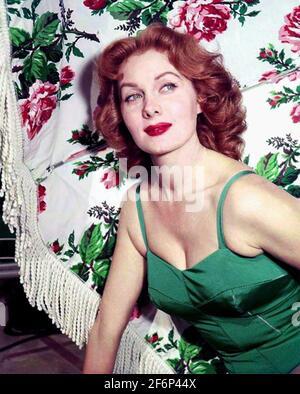 RHONDA FLEMING (1923-2020) actrice et chanteuse américaine vers 1955