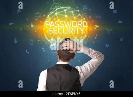 Vue arrière d'un homme d'affaires, concept de sécurité en ligne