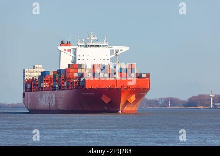 Navire-conteneur Reefer CAP SAN MARCO, exploité par la compagnie maritime HAMBURG SÜD, sur l'Elbe en direction de Hambourg ,