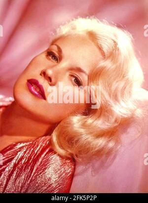 CARROLL BAKER actrice américaine de scène, de film et de télévision environ 1963