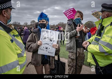 Tuez la protestation de Bill. Des milliers de manifestants se réunissent à Hyde Park pour manifester contre un projet de loi contre les crimes de police « anti-protestation ». Londres, Royaume-Uni