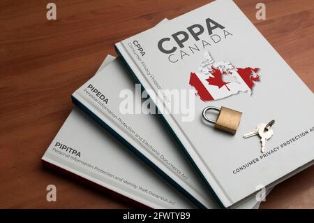 Nouveau concept de loi canadienne sur la protection des données (lcpp) : trois livres indiquent le nom de l'ancienne et de la nouvelle loi canadienne sur la protection des données