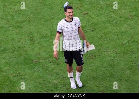 Munich, Allemagne. 19 juin 2021. Mat Hummels d'Allemagne vu lors du match de l'UEFA EURO 2020 Championship Group F entre le Portugal et l'Allemagne à l'arène de football de Munich.(score final; Portugal 2:4 Allemagne) Credit: SOPA Images Limited/Alay Live News