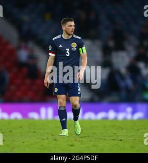 Hampden Park, Glasgow, Royaume-Uni. 22 juin 2021. Championnats d'Europe de football 2020, Écosse contre Croatie; Andy Roberston d'Écosse crédit: Action plus Sports/Alamy Live News