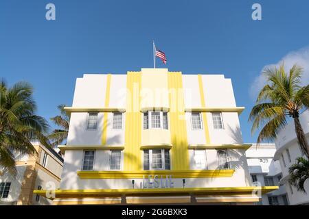 Miami, États-Unis - 15 avril 2021 : hôtel Leslie South Beach à Ocean Drive en Floride