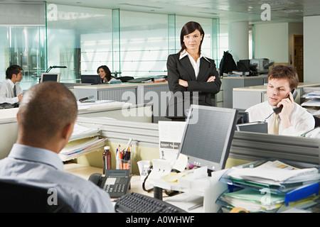 Manager et ses employés Banque D'Images