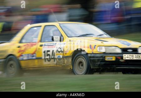 Sierra concurrentes dans le Rac Rally à Chatsworth Banque D'Images