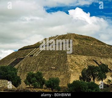 Pyramide du Soleil à Teotihuacan, la civilisation aztèque, près de Mexico, Mexique, Amérique Centrale Banque D'Images