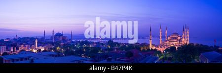 Turquie Istanbul Mosquée Mosquée Bleue Sultan Ahmet et la mosquée Sainte-Sophie Banque D'Images