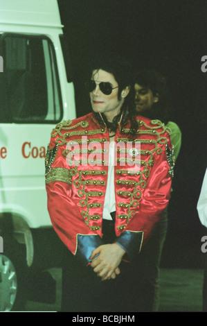 Michael Jackson vu ici après l'perforiming sur scène à Sheffield 10 Juillet 1997 Banque D'Images