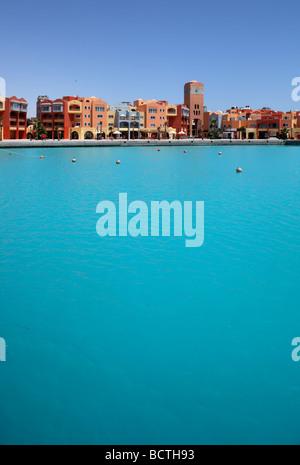 Chambre fronts à la marina, Hurghada, Egypte, Mer Rouge, Afrique Banque D'Images