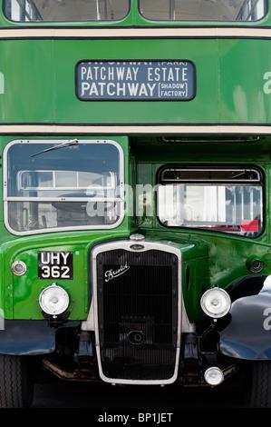 Vintage Bristol KSW6B Double decker bus à une foire à vapeur en Angleterre Banque D'Images