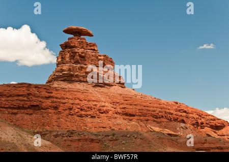 Mexican Hat Rock, Mexican Hat, Utah, USA Banque D'Images