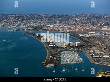 Vue aérienne au-dessus de l'Île Harbour San Diego Californie Banque D'Images