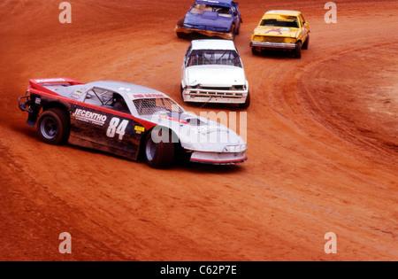 Les voitures sport de participer à une course de voitures de rallye. Banque D'Images