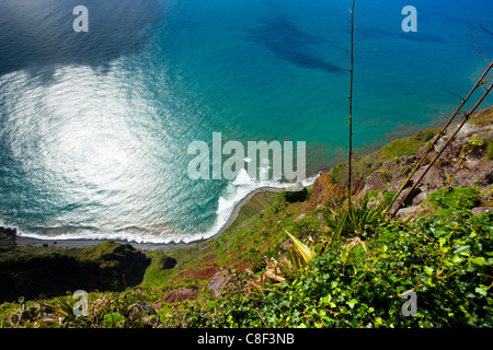 Cabo Girao, le Portugal, l'Europe, de Madère, littoral, la côte escarpée de l'Atlantique, de la mer, Banque D'Images