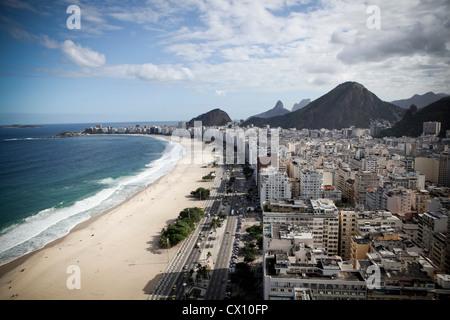 La plage de Copacabana, Rio de Janeiro, Brésil Banque D'Images